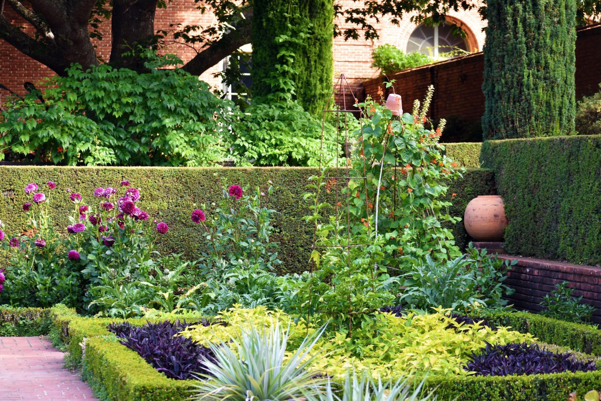 Fruitful Sunken Garden Display Compressed